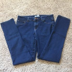 Refuge. Blue Skinny Jeans 👖 Size 8 Stretchy.